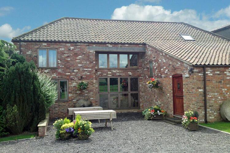Brook House Barn and Cottage - Image - UK Tourism Online