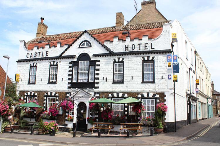 Castle Hotel - Image 1 - UK Tourism Online