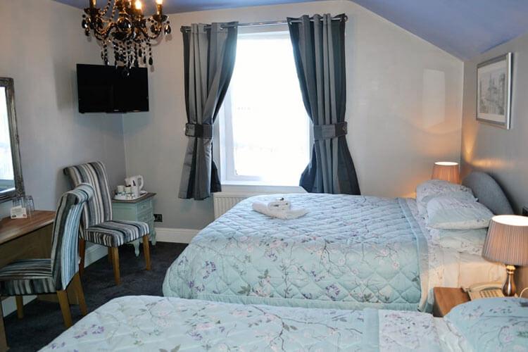 Castle Hotel - Image 3 - UK Tourism Online