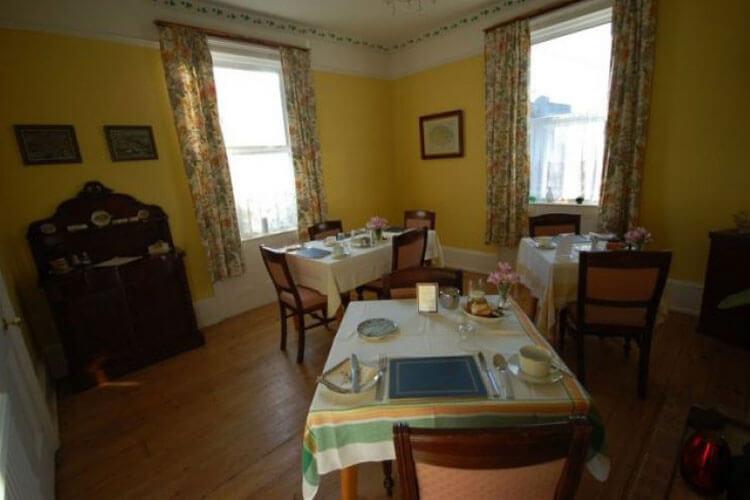 Chestnut Villa - Image 4 - UK Tourism Online