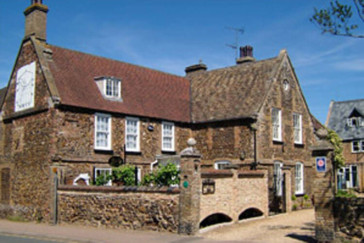 Dial House Bed and Breakfast - Image 1 - UK Tourism Online