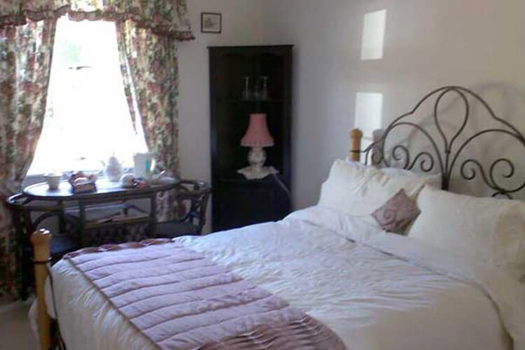 Style Cottage - Image 2 - UK Tourism Online