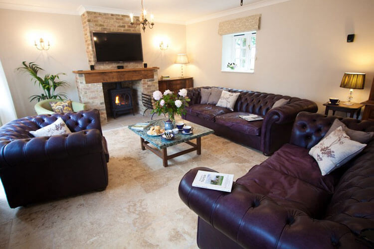 The Coach House at Lodge Farm - Image 3 - UK Tourism Online