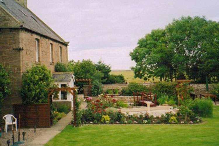 Brock Mill Farmhouse - Image 1 - UK Tourism Online