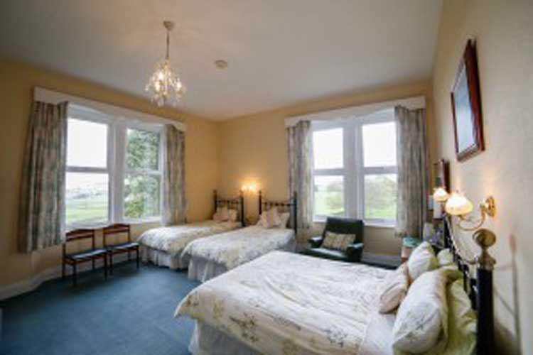 Dunns Houses Farmhouse Bed & Breakfast - Image 3 - UK Tourism Online