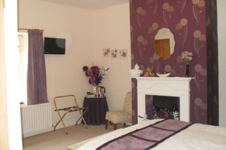 Hallbarns Farmhouse Bed & Breakfast - Image 2 - UK Tourism Online