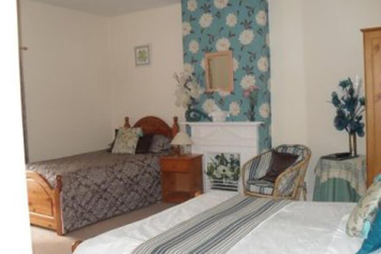 Hallbarns Farmhouse Bed & Breakfast - Image 4 - UK Tourism Online