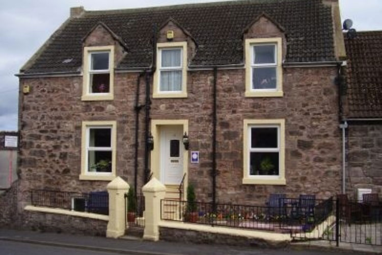 Harrow Bank Bed And Breakfast - Image 1 - UK Tourism Online