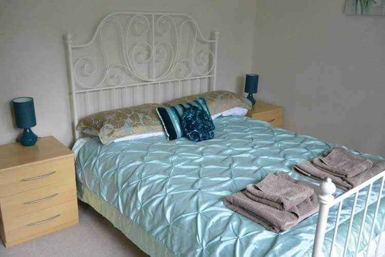 Heatherlea Holiday Cottage - Image 2 - UK Tourism Online