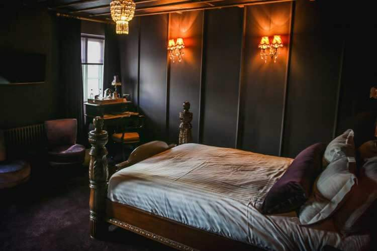 Le Petit Chateau - Image 2 - UK Tourism Online