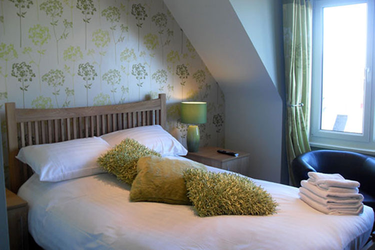 The Sunningdale Hotel - Image 1 - UK Tourism Online