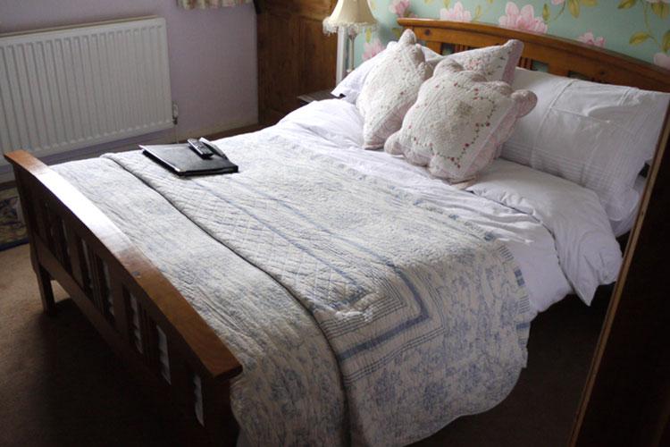 Twenty Seven Bed & Breakfast - Image 1 - UK Tourism Online