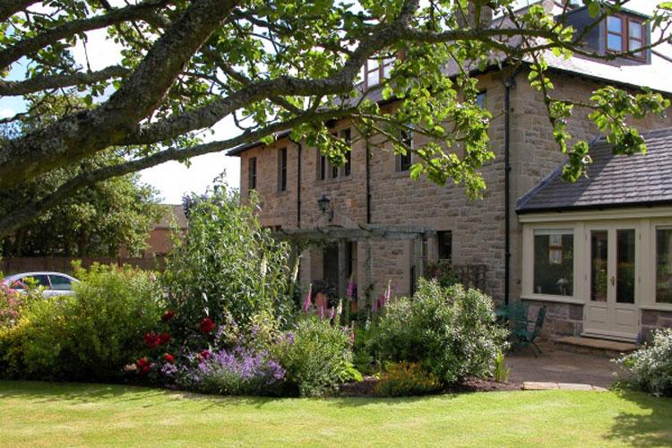 West Acre House - Image 2 - UK Tourism Online