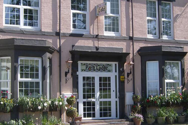 Park Lodge Guest House - Image 1 - UK Tourism Online