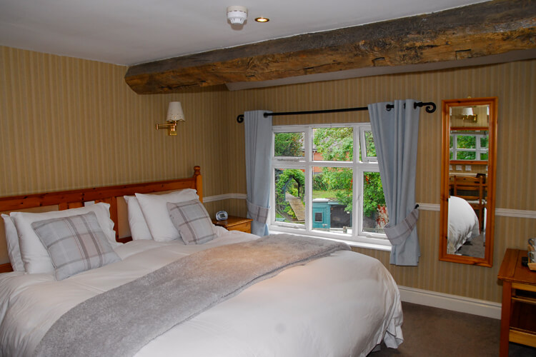 Egerton Arms Country Inn - Image 1 - UK Tourism Online