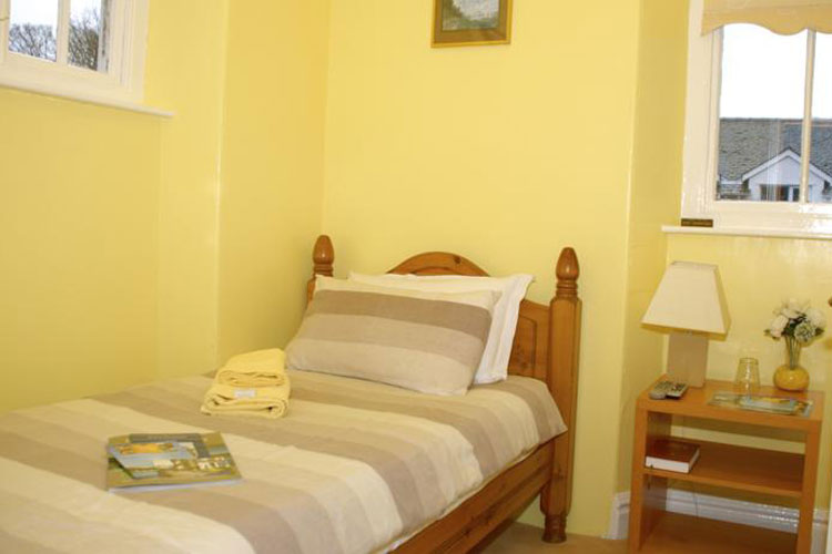 Adam Place Guest House - Image 4 - UK Tourism Online