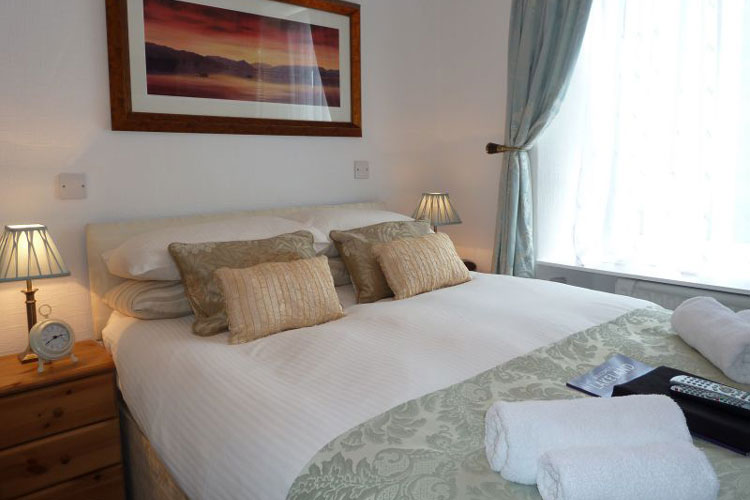 All Seasons Guest House - Image 3 - UK Tourism Online