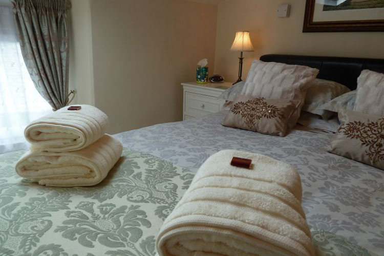 All Seasons Guest House - Image 4 - UK Tourism Online