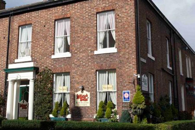 Ashleigh House - Image 1 - UK Tourism Online