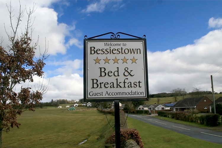 Bessiestown Farm Country Guesthouse - Image 1 - UK Tourism Online