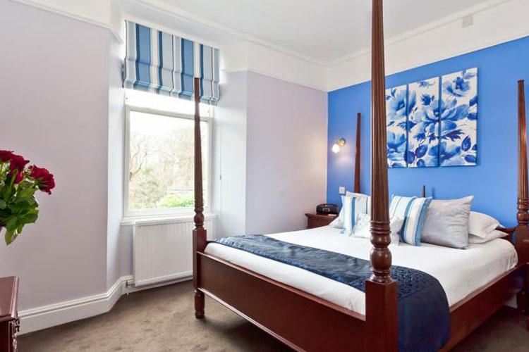 Beaumont House - Image 1 - UK Tourism Online