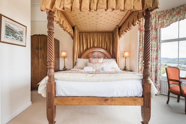 Blenheim Lodge - Image 2 - UK Tourism Online