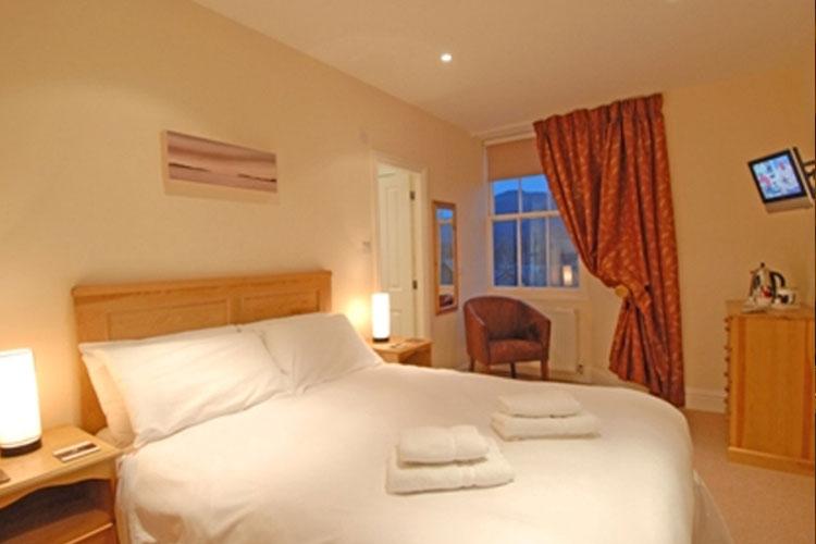 Churchill Inn - Image 3 - UK Tourism Online