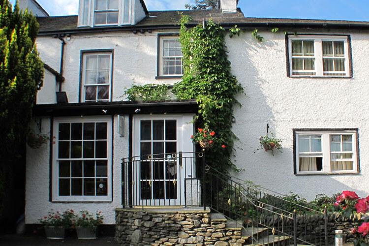 Fairfield House - Image 1 - UK Tourism Online