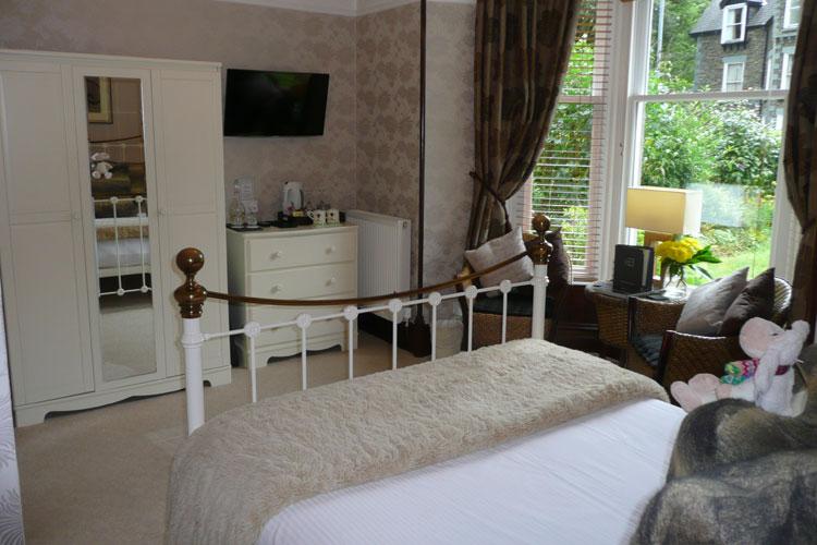 Glenville House - Image 2 - UK Tourism Online