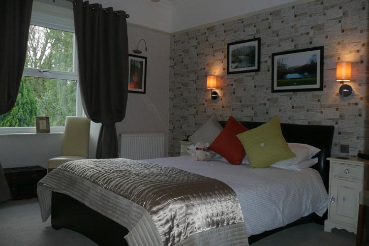Glenville House - Image 3 - UK Tourism Online