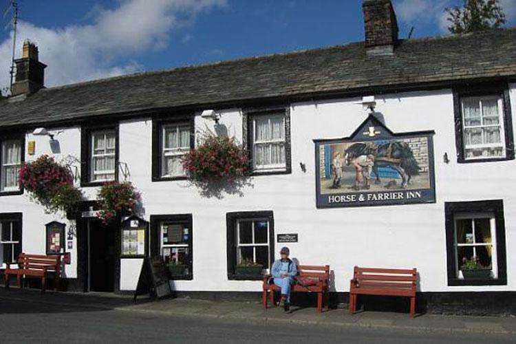 Horse & Farrier Inn - Image 1 - UK Tourism Online