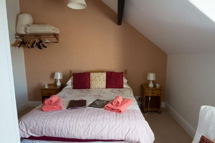 Littlefield Bed & Breakfast - Image 1 - UK Tourism Online