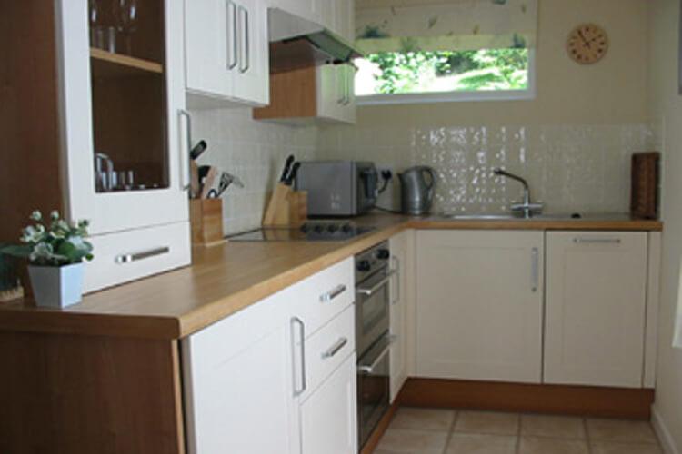 Lakes Apartments - Image 3 - UK Tourism Online