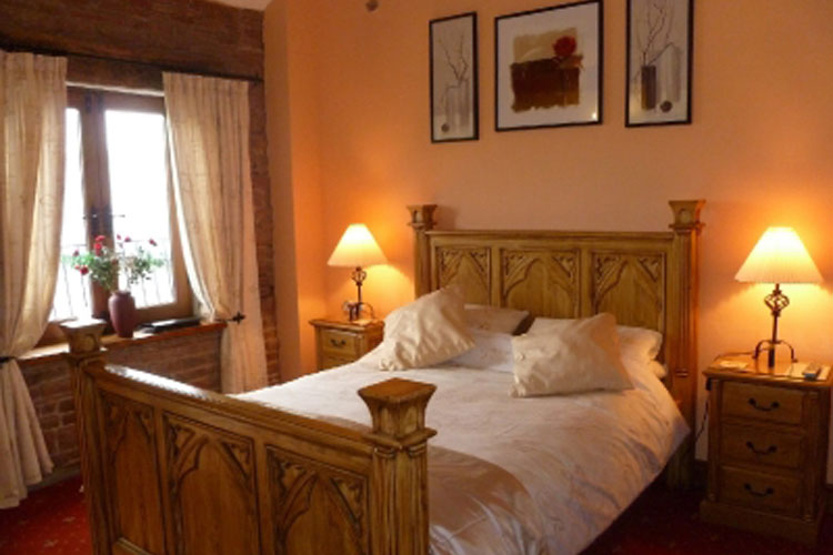 The Ginney Country Guest House - Image 1 - UK Tourism Online