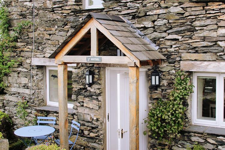Wall Nook Cottages - Image - UK Tourism Online