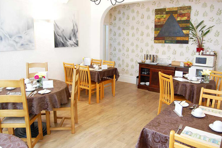 Ad Astra Guest House - Image 5 - UK Tourism Online