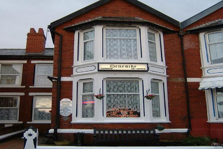 Deneside Guest House - Image 1 - UK Tourism Online