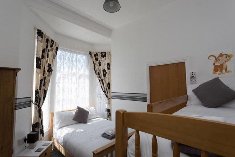 Deneside Guest House - Image 4 - UK Tourism Online