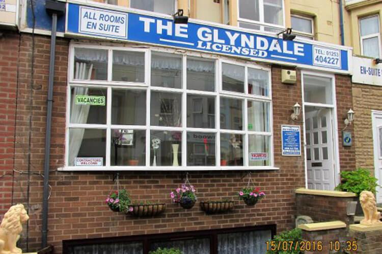 Glyndale Hotel - Image 1 - UK Tourism Online