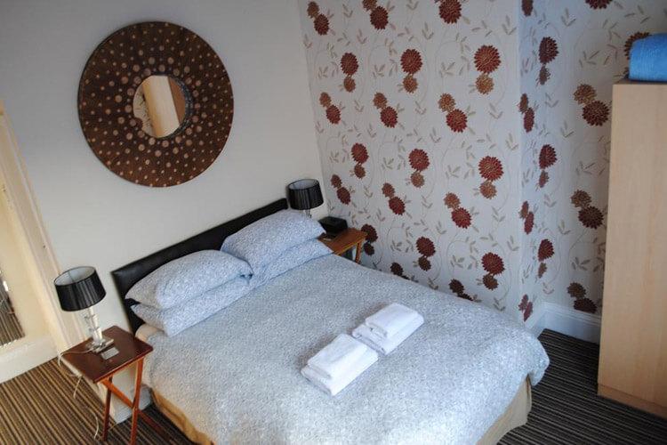 McHalls Bed and Breakfast - Image 2 - UK Tourism Online