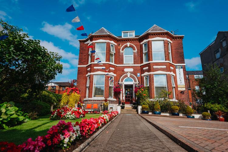 Barford House Apartments - Image - UK Tourism Online