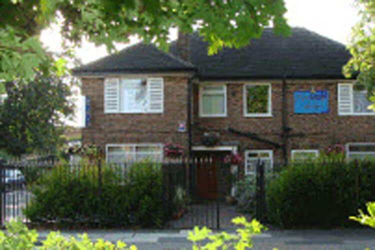 Gateway Lodge - Image 1 - UK Tourism Online