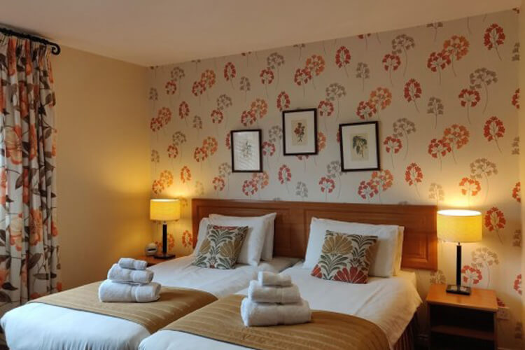 Ballygally Holiday Apartments - Image 3 - UK Tourism Online