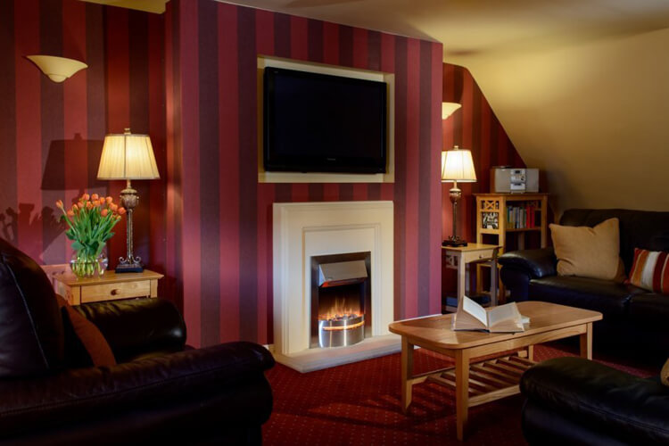 Ballygally Holiday Apartments - Image 5 - UK Tourism Online
