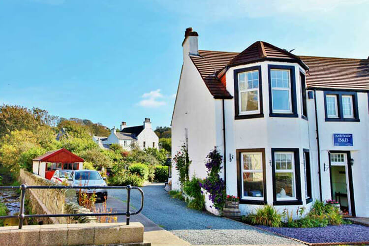 Ardchoille Bed and Breakfast - Image 1 - UK Tourism Online