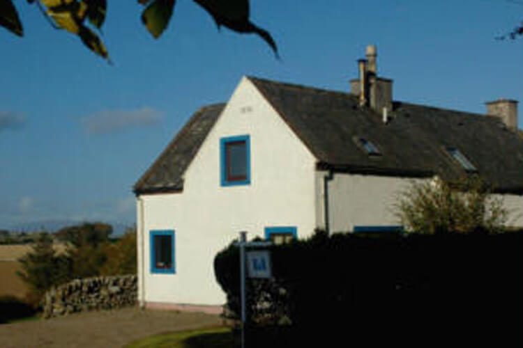 Craiglemine Cottage Bed and Breakfast - Image 1 - UK Tourism Online