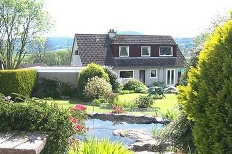 Dalbeattie Guest House - Image 1 - UK Tourism Online