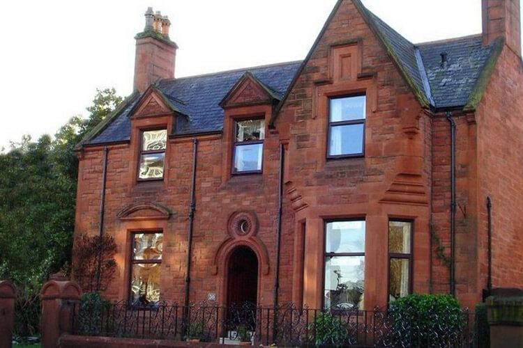 Ferintosh Guest House - Image 1 - UK Tourism Online