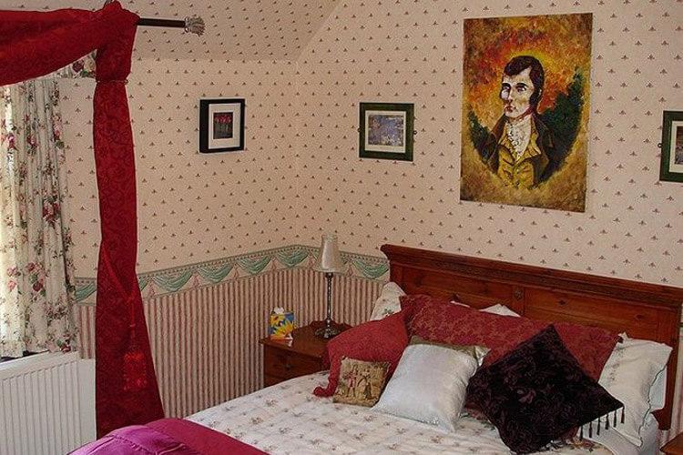 Ferintosh Guest House - Image 2 - UK Tourism Online