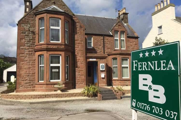 Fernlea Guest House - Image 1 - UK Tourism Online